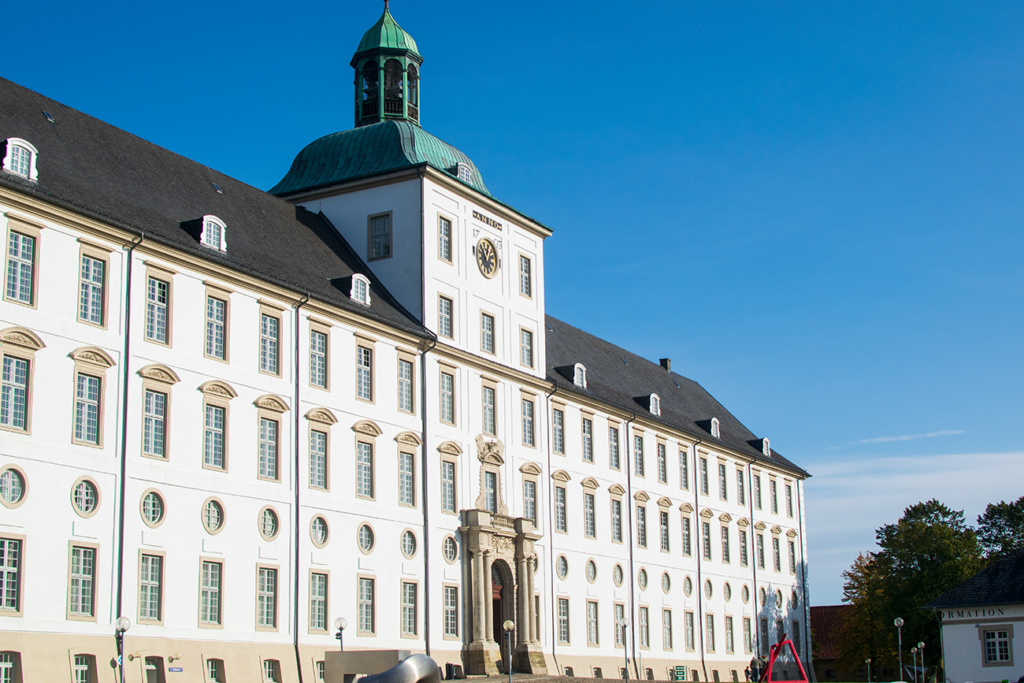Schleswig-Schloss-1024x683 %Hundeblog